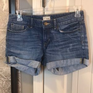 Women's GAP jean shorts, size 6.